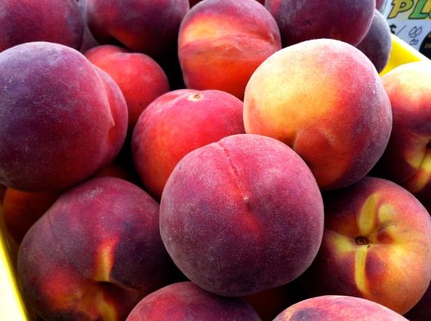 Peach-Vanilla Bean Pie - 01