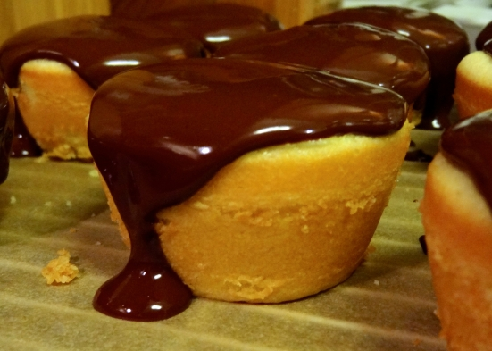 Boston Cream Cupcakes - 36