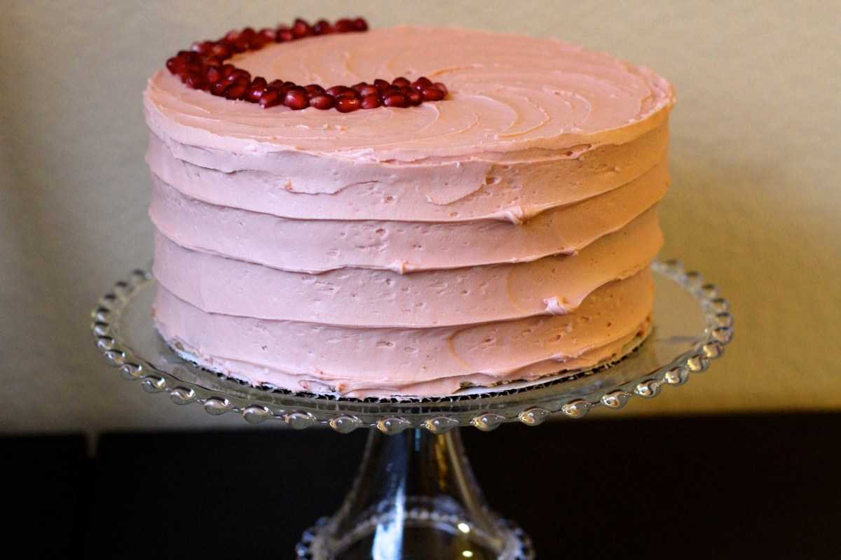 The Stuff of Valentine's Dreams: Vanilla Bean Cake with Pomegranate Buttercream