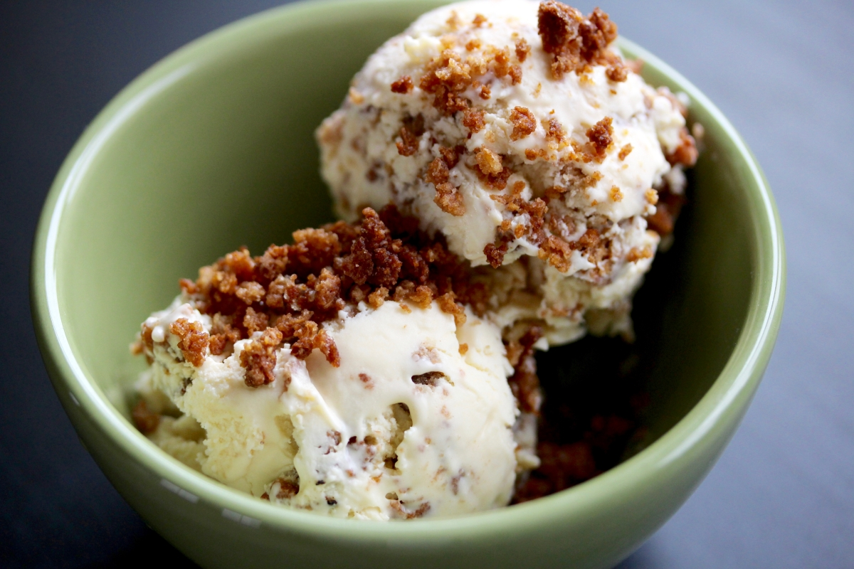 Crumbs o' the Irish: Brown Bread Ice Cream – Stellina Sweets