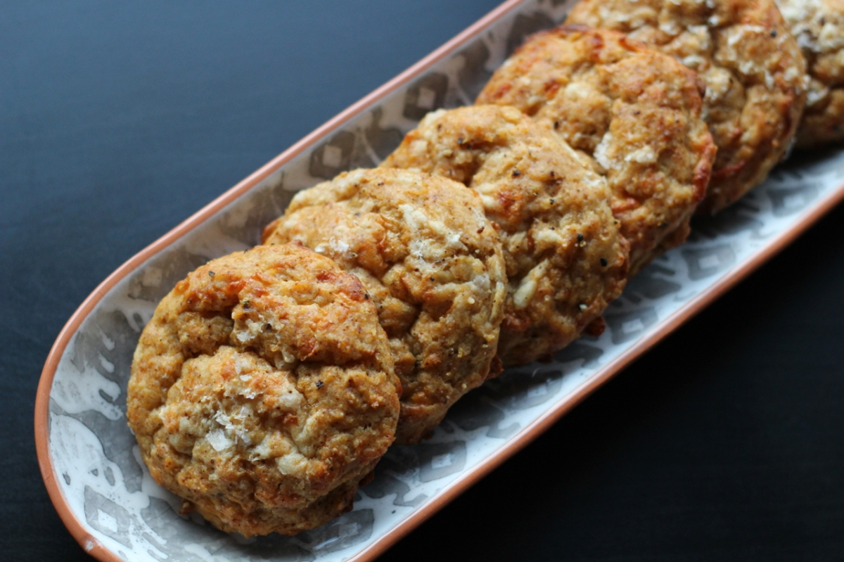 Baked Sunday Mornings: Chipotle Cheddar Biscuits